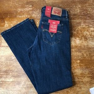 Levis Boot Cut Size 4 NWT